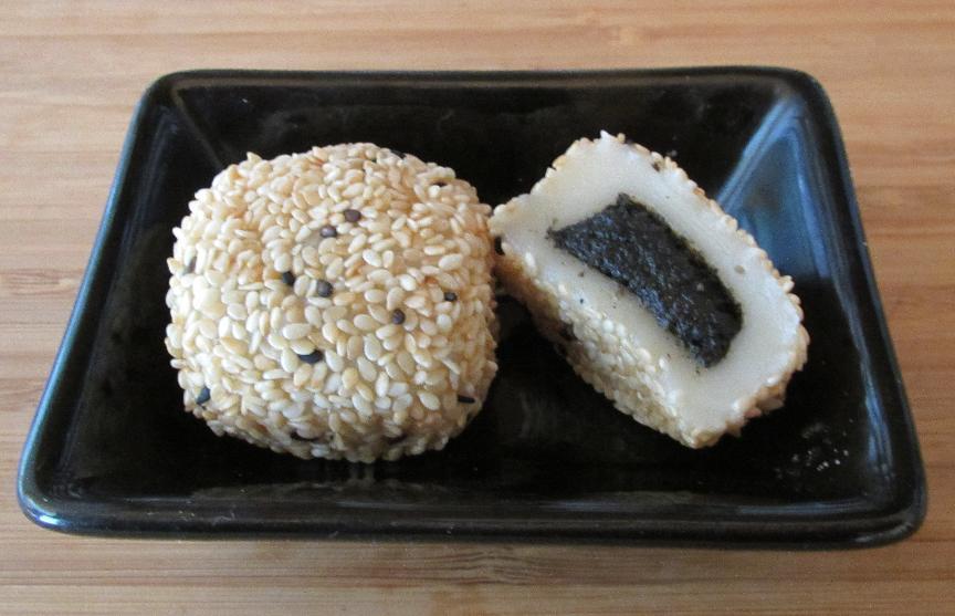 24/7 Sushirestaurant  Sesame-mochi-2