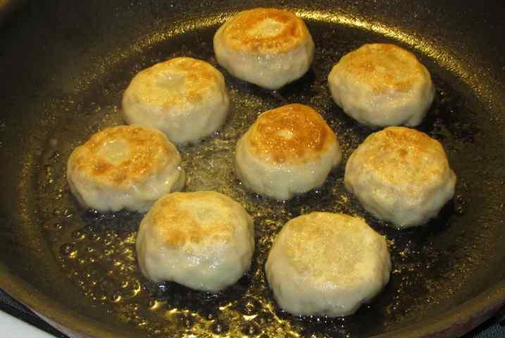 Simple Pork Dumplings 10