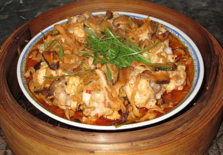 Steamed Chicken with Pickle 1