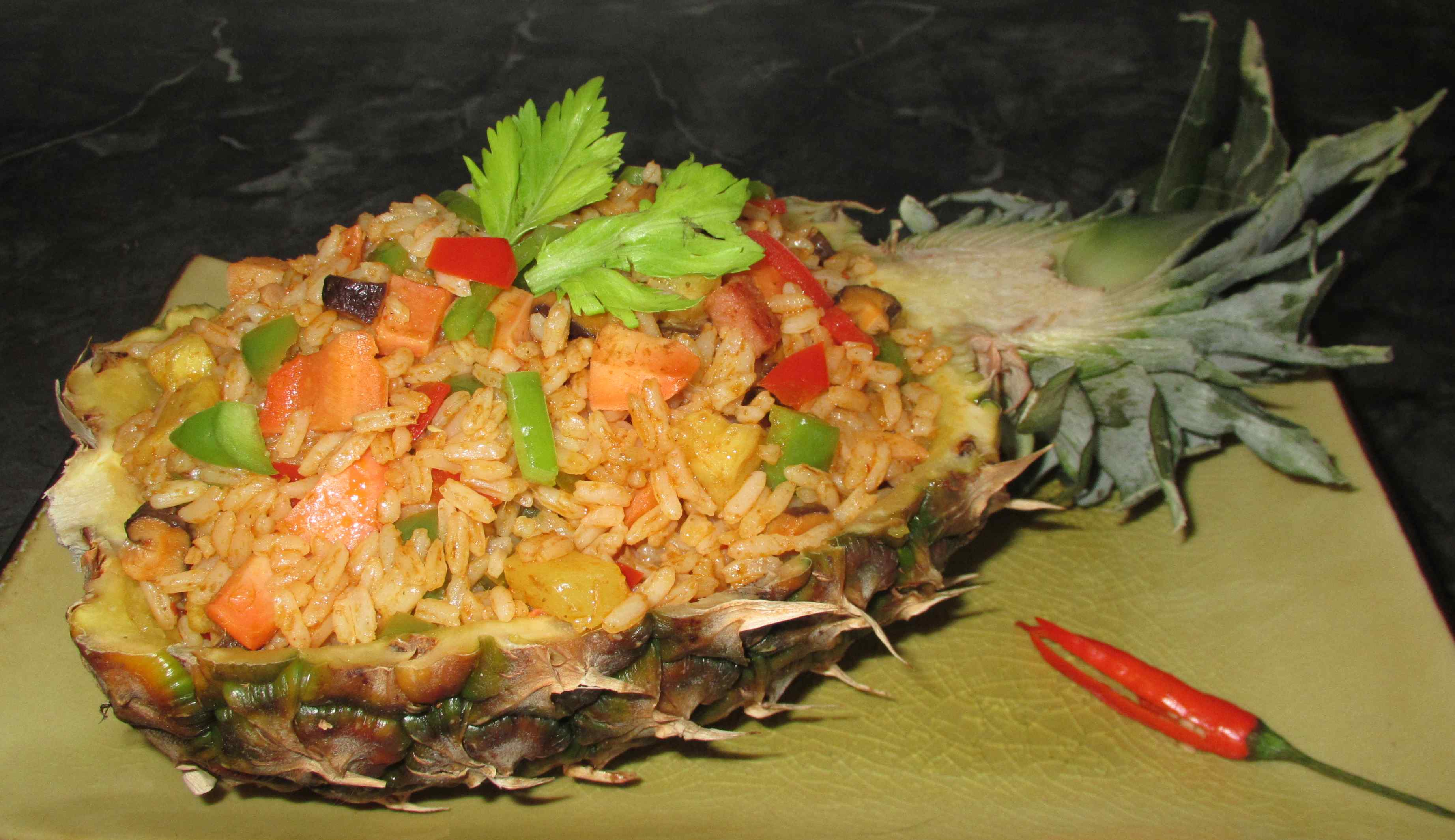 Thai-Style Pineapple Fried Rice | Sybaritica