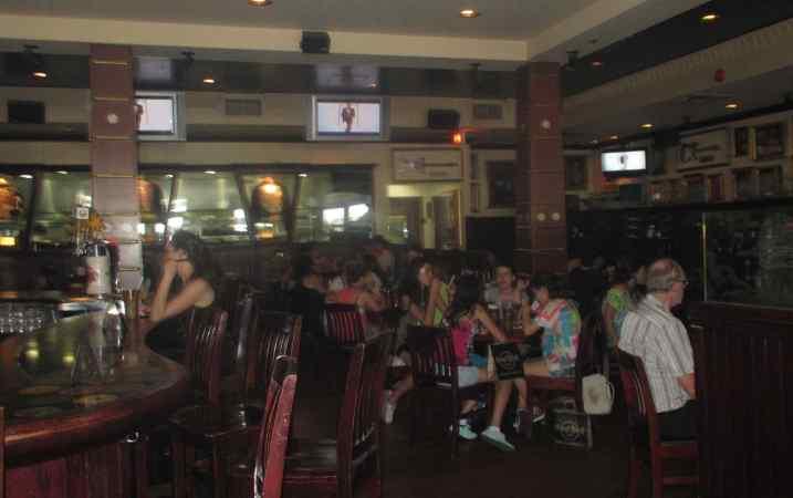 Hard Rock Cafe 2