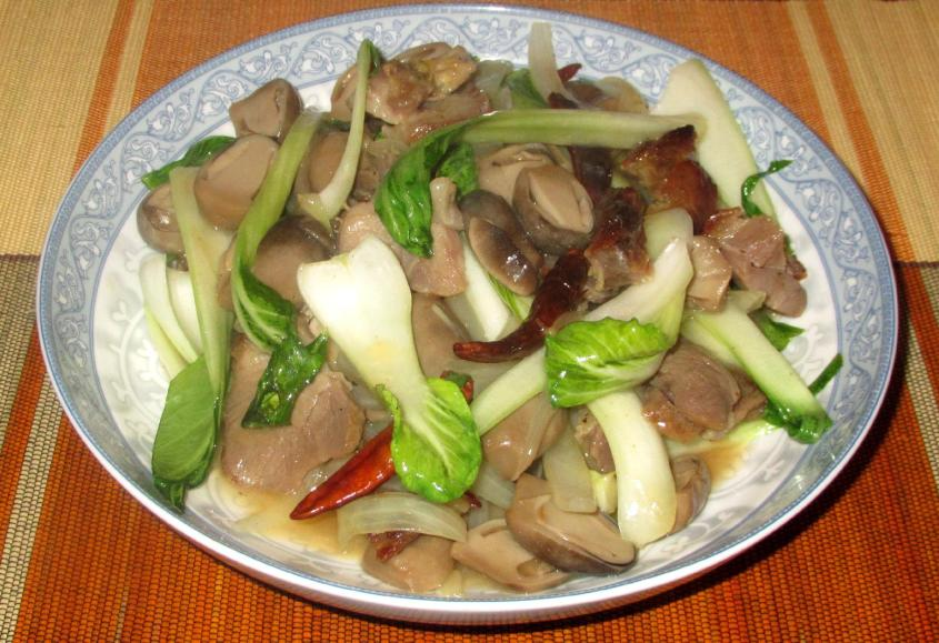 Bok Choy with Pork and  Mushroom 1