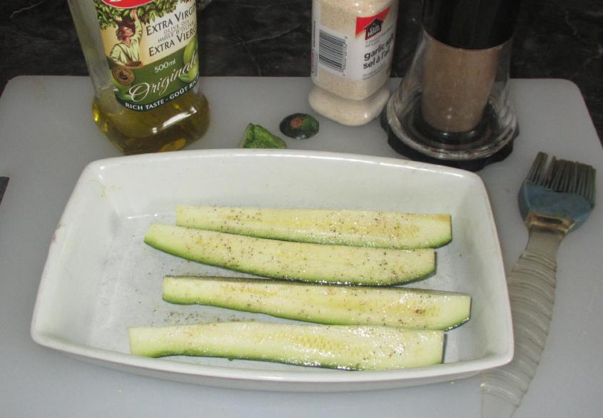 Grilled Zucchini Meze 03