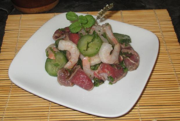 Minted Tataki Beef with Shrimp 1