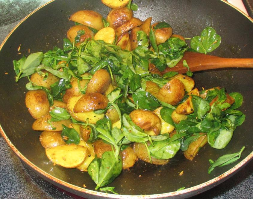 Potatoes with Fenugreek 05