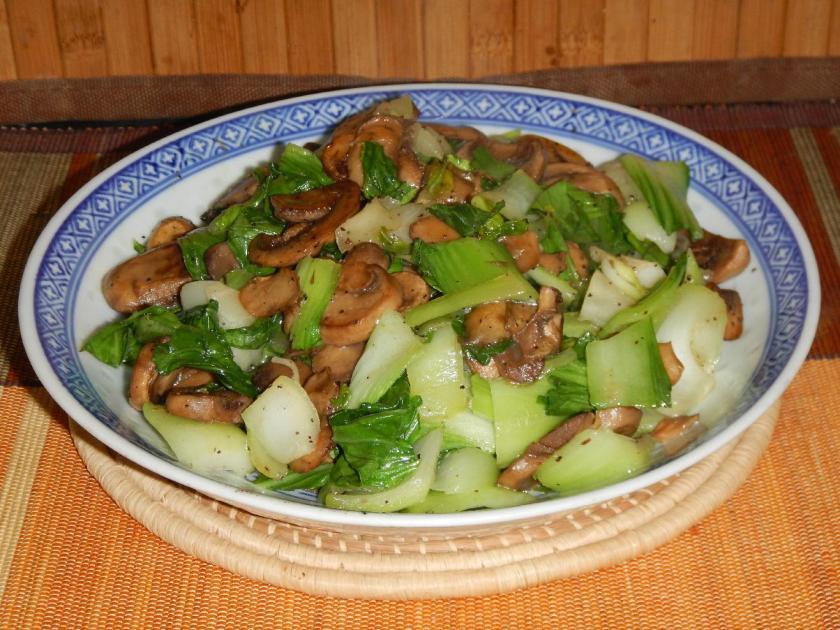 Braised Bok Choy with Mushrooms 1