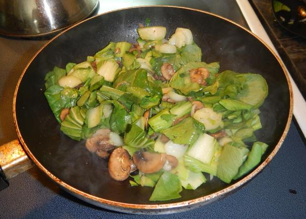 Braised Bok Choy with Mushrooms 5