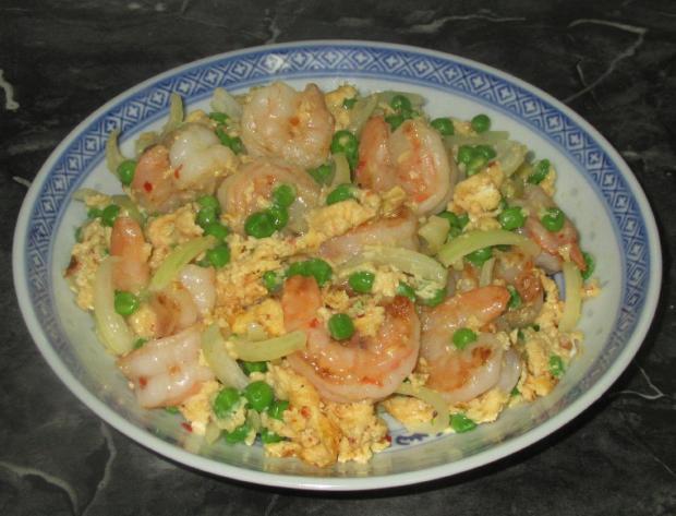 Shrimp and Peas with Egg 1
