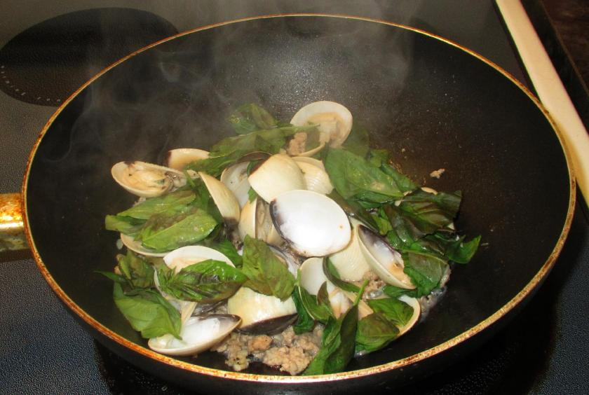 Clams and Pork with Basil 4