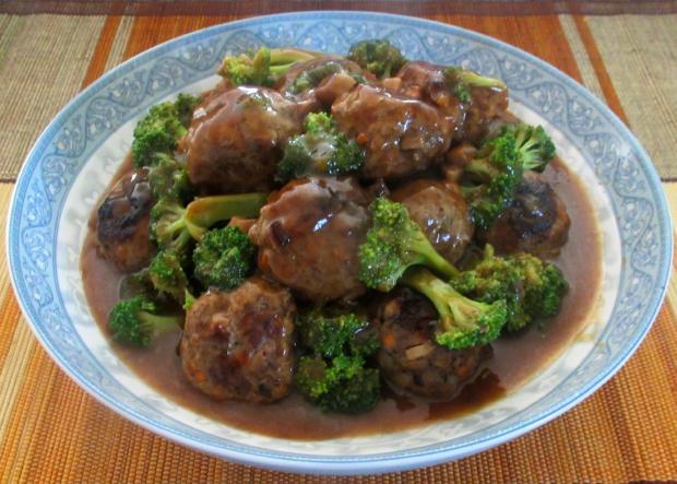 Beefballs and Broccoli 1