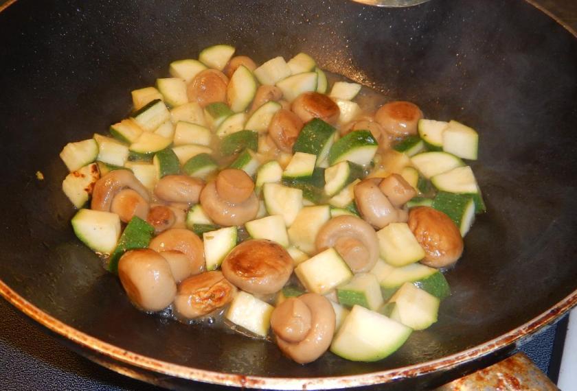 Zucchini with Mushrooms4