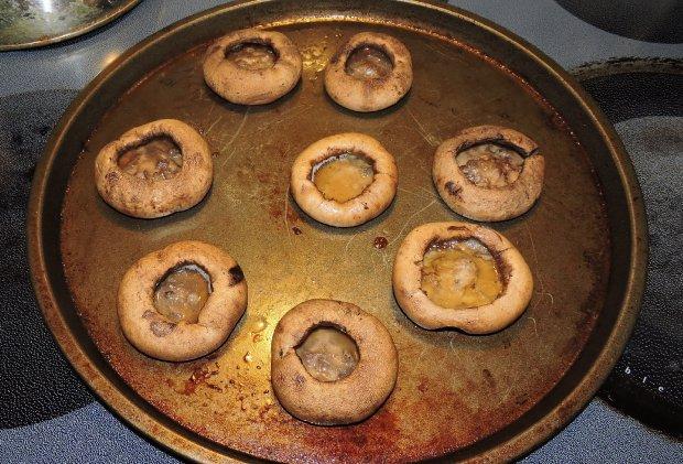shrimp-and-pork-stuffed-mushrooms-3