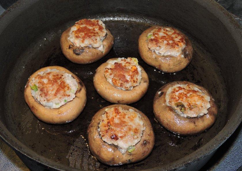 shrimp-and-pork-stuffed-mushrooms-9
