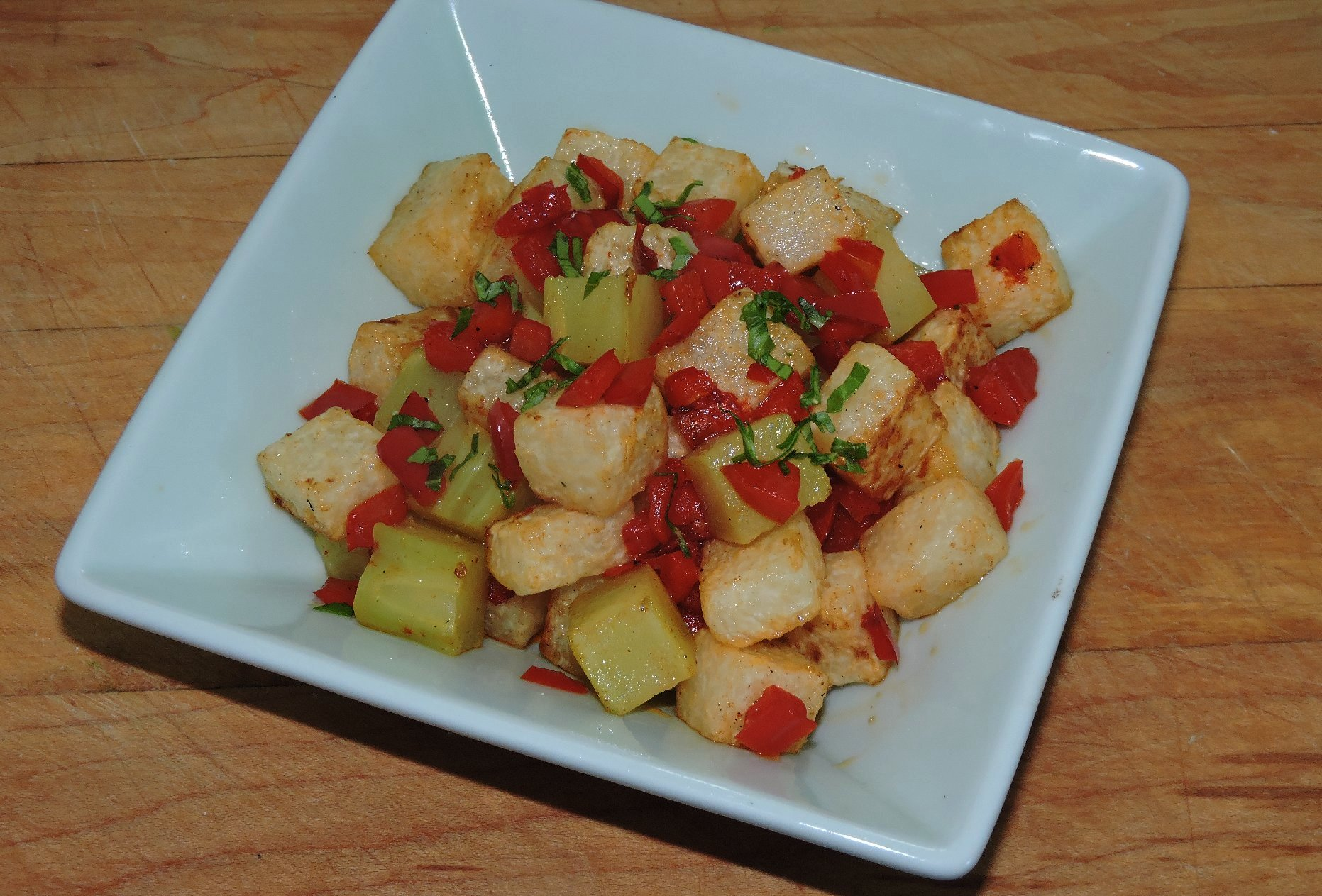 Jicama with Broccoli and Bell Pepper 1