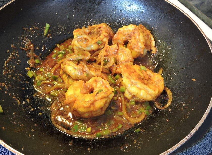 Spicy Bagoon Prawns 7