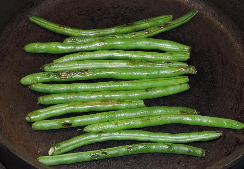 Sichuan Dry-Fried Green Beans 2