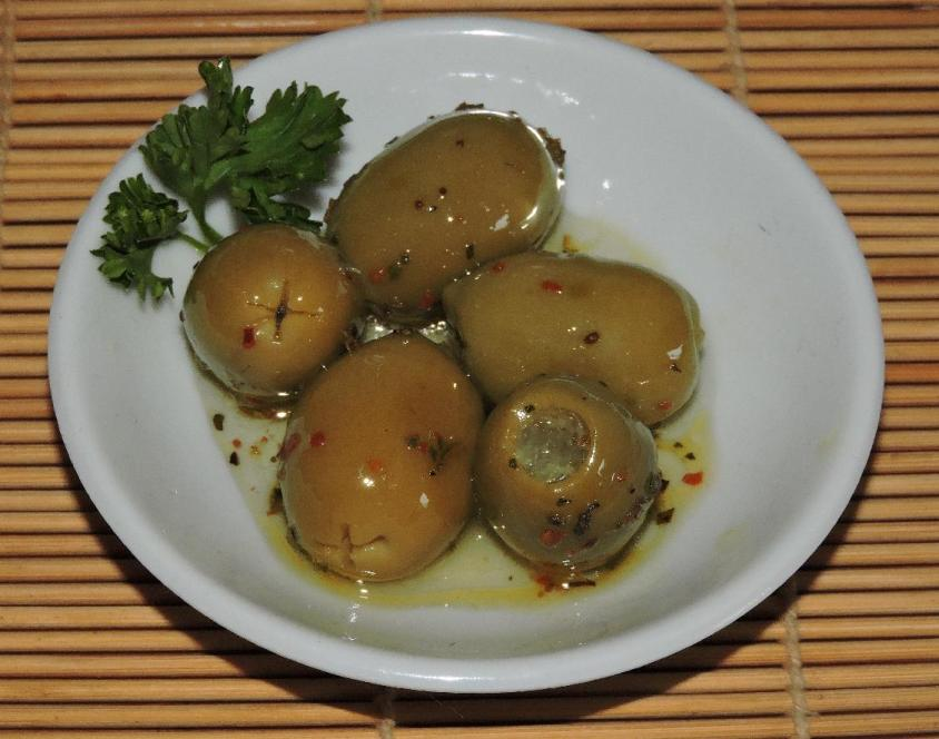 Lemon-Stuffed Olives 1