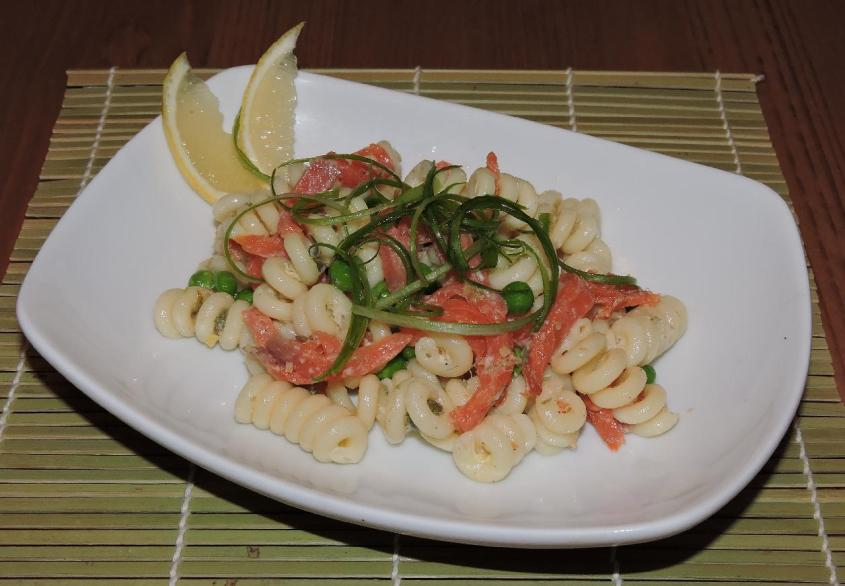 smoked salmon pasta salad 1