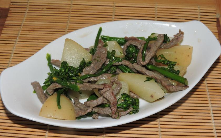Dashi SImmered Beef and Vegetable 1